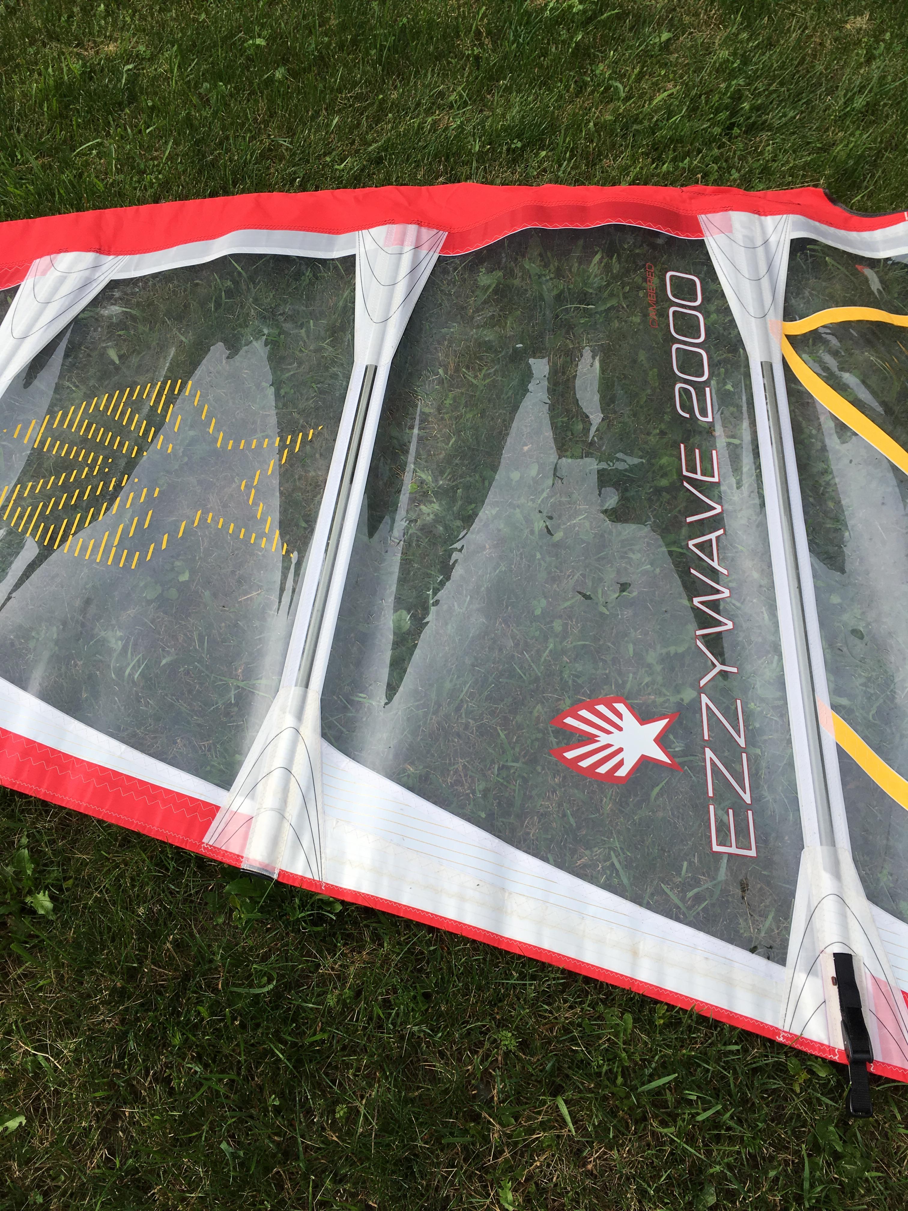 Ezzy 4.2 logo